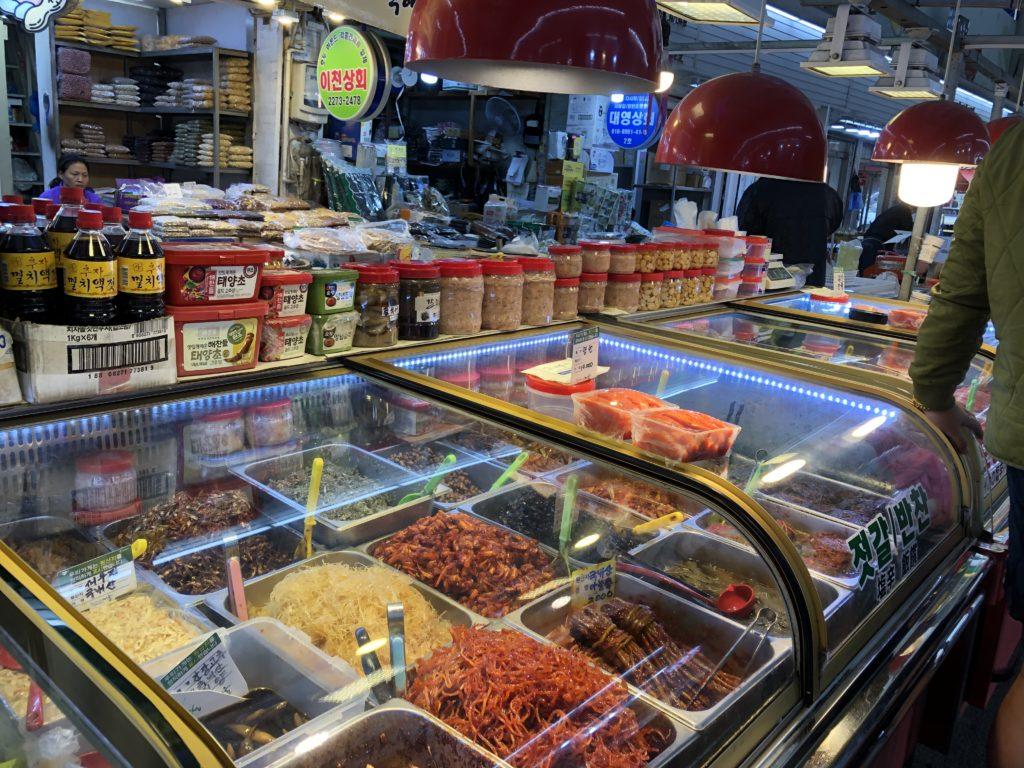 韓国の市場 保存食